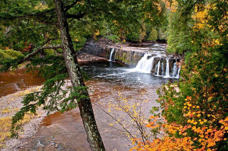 M 149                          Autumn at Manabezho Falls on the Presque Isle River, Porcupine Mountains Wilderness State Park, Michingan.