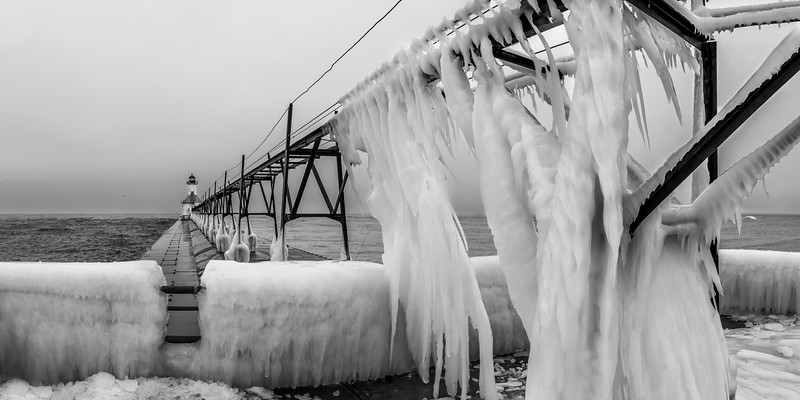 St. Joseph Pier Winter (BW)