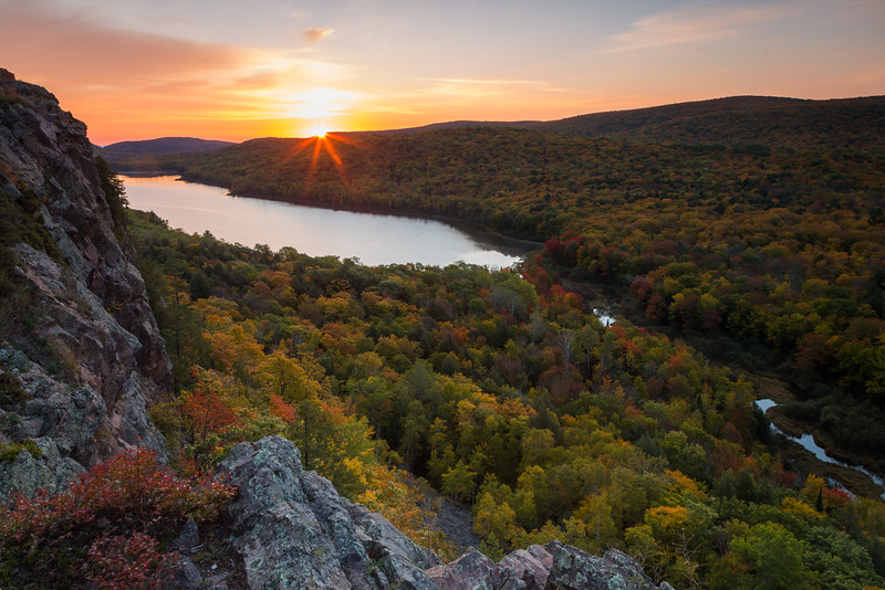 Lake of the Clouds Sunrise