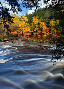Fall Moving By - Presque Isle River (Porcupine Mountains State Park - Upper Michigan)