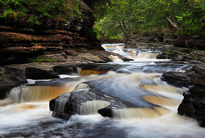 Rushing Rythum - Presque Isle (Porcupine Mountains State Park - Upper Michigan)