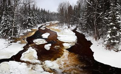 Winter Root Beer - Rapid River (Hwy 41 - Upper Michigan)