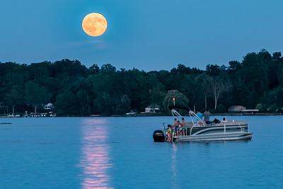 Full Moon over Reeds Lake
