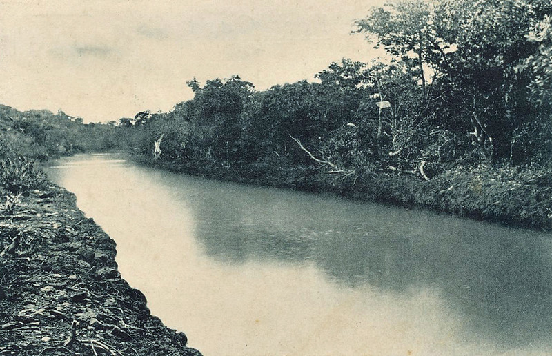 From the period of Japan's South Seas Mandate, a photograph of the Tagareng Canal, between Gagil and Maap