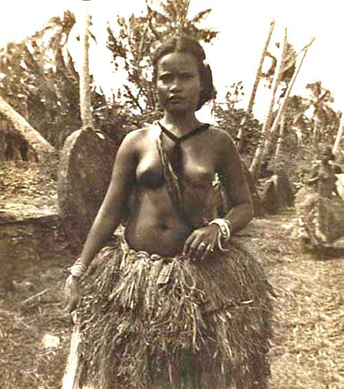 Yap 1949:  Dancer