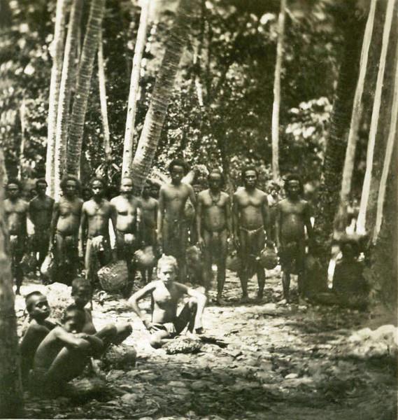 Yap:  A group of men and boys (Kurt Boeck, 1899)