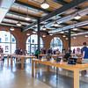 Apple_Store_Brooklyn-001