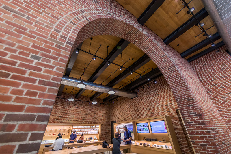 Apple_Store_Brooklyn-012