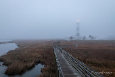 Bodie Island Lighthouse - foggy dawn (6:40 EDT)