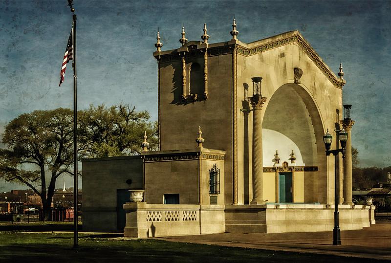 Davenport IA -Veterans Memorial Park Ampetheater-
