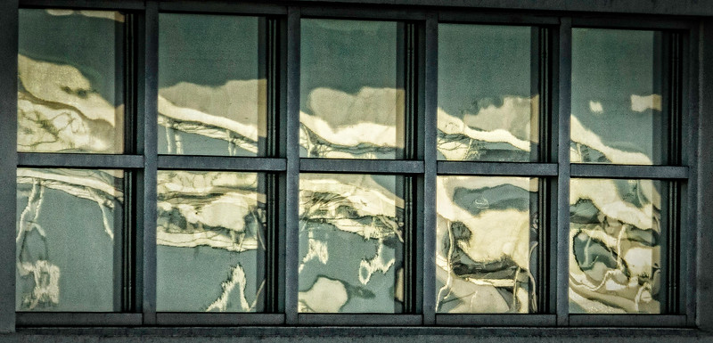 Davenport IA - Cloud Reflection-
