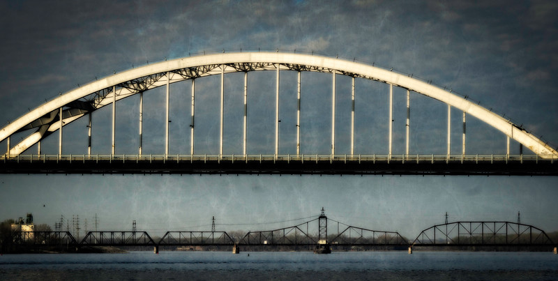 Davenport IA - Twin Bridges-