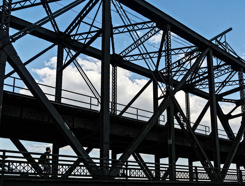 Davenport IA - A Walk on the Bridge-