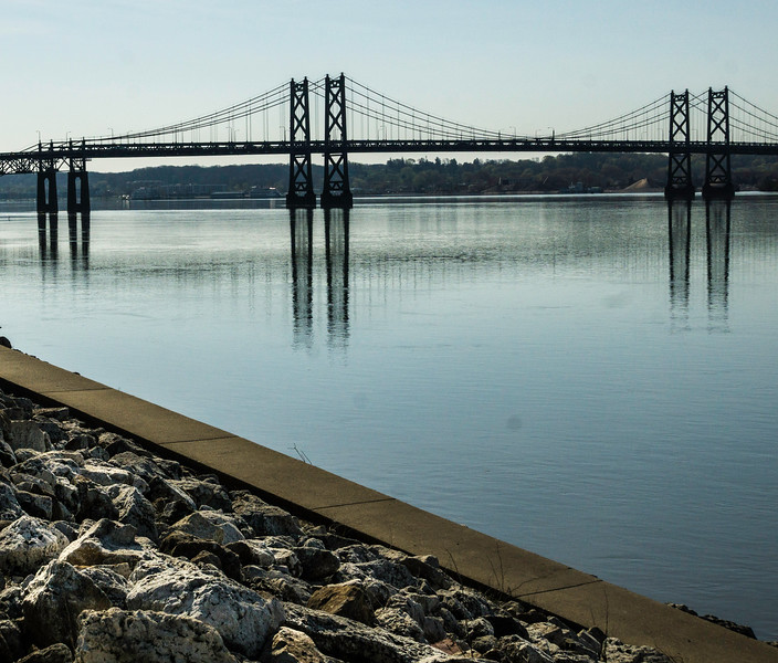 Davenport IA - Reflection of Bridge -03186