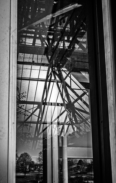 Columbus OH - Franklin Park - Lines through a Window-01179