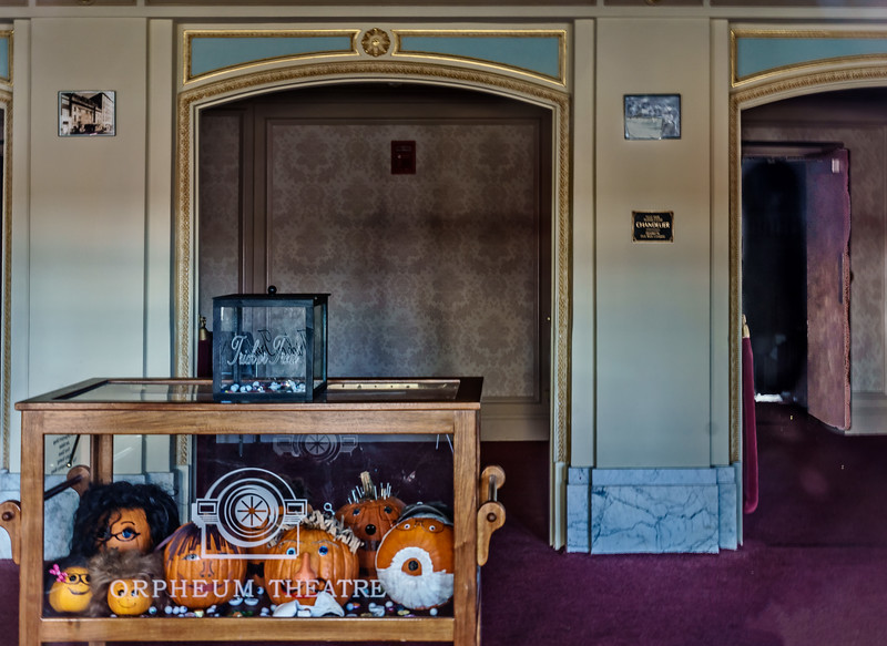 Galesburg IL - Orpheum Theater-00974