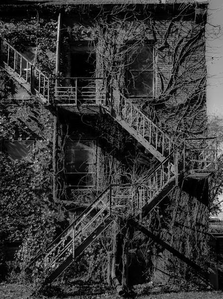 Galesburg - Fire Escape-01008