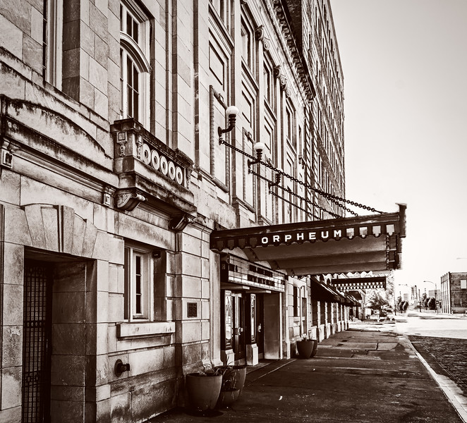 Galesburg IL - Orpheum Theater-00966