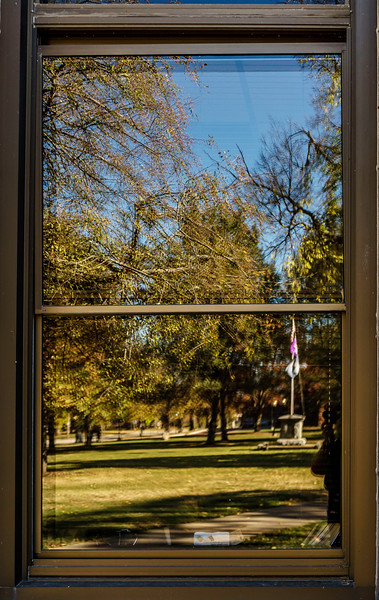 Galesburg - Knox College Lincoln Through Window-01047