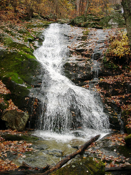 The lower reaches of Crabtree Falls