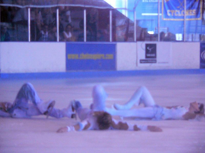 Fallen Angels - Johnny Weir, Melissa Gregory, Denis Petukov