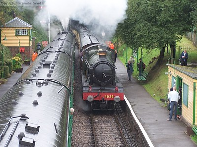 4936 Kinlet Hall arrives at Medstead