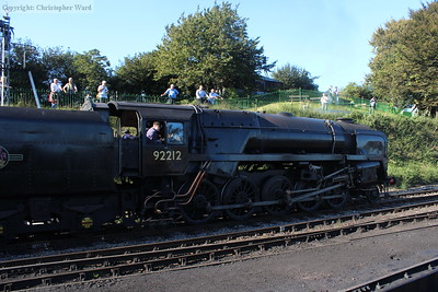92212 pulls away from Ropley