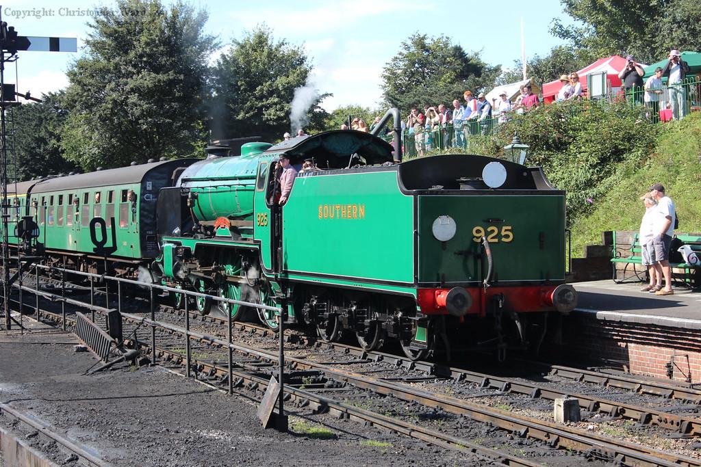 925 with an Alton train