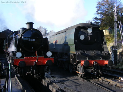 Two Southern designs rub shoulders at Ropley