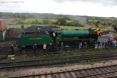 925 Cheltenham, the spare engine, and the delightful Hampshire countryside