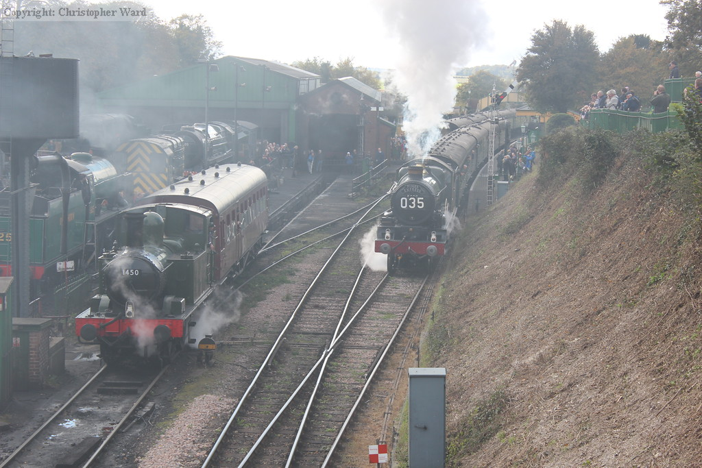 5029 pulls away from Ropley past the stabled auto-train