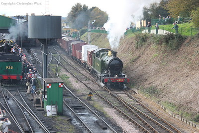 The heavy freight tank makes light work of the mixed goods prior to putting up a noisy show on the climb ahead