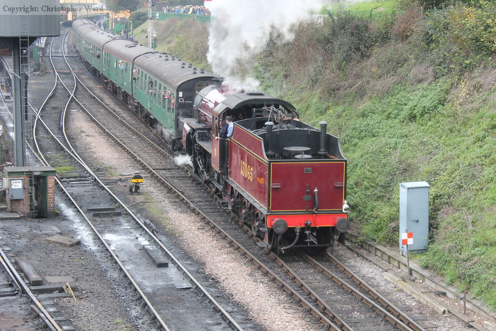 13065 pulls away with another Alton-bound working