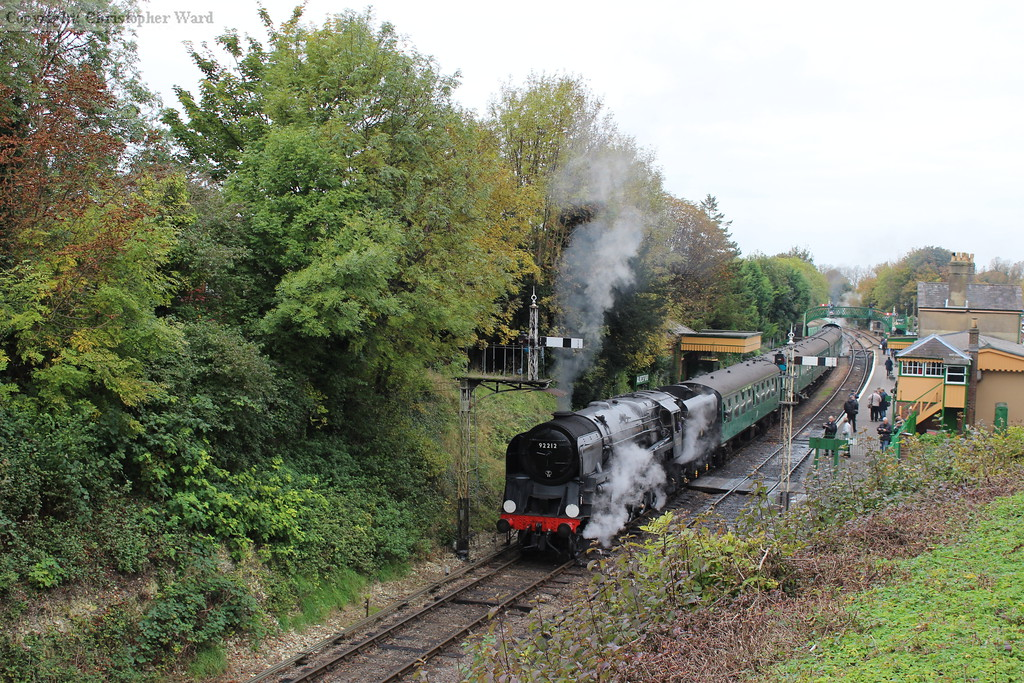 The autumnal colours of Alresford with the 9F