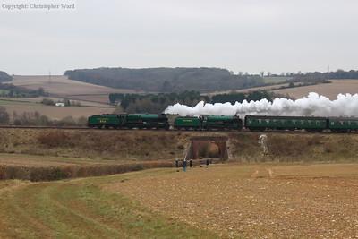 850 and 925 take a train back to Alton