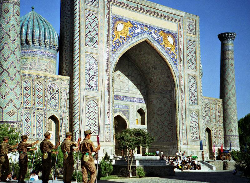 Independence Day rehearsal, Sher Dor madrasah, Samarkand, Uzbekistan