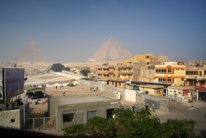 The city has been allowed to encroach far too much onto the Pyramids area, such a shame. 2007: Cairo, The Giza Pyramids & local Atmosphere