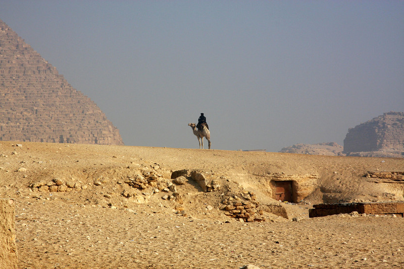 2007: Cairo, The Giza Pyramids & local Atmosphere