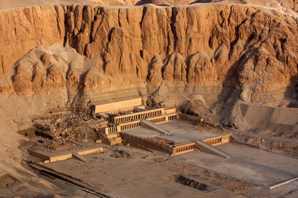 Temple of Hatshepsut, Sunrise Balloon Flight Over the west bank of the Nile, Theban Necropolis and Valley of the Kings ,2007