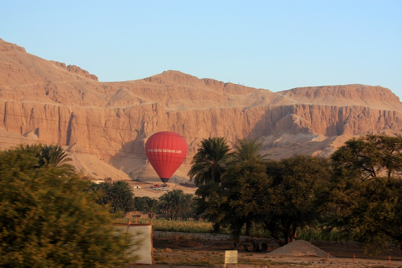 Sunrise Balloon Flight Over Theban Necropolis and Valley of the Kings ,2007