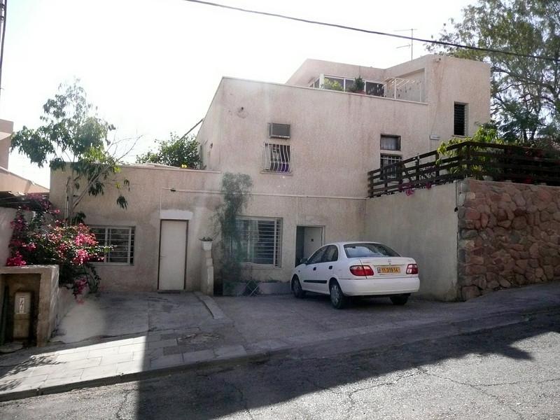 Villa Kibel guest house, very spartan... Eilat, Israel 2007