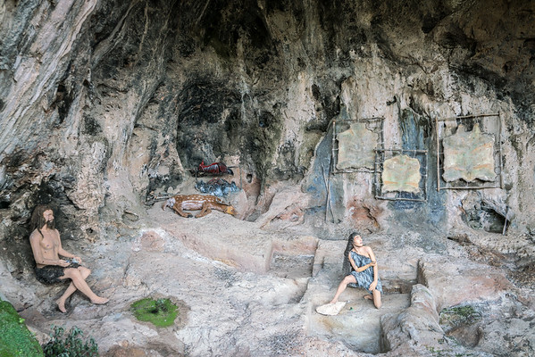 Sites of Human Evolution at Mount Carmel: The Nahal Me'arot / Wadi el-Mughara Caves