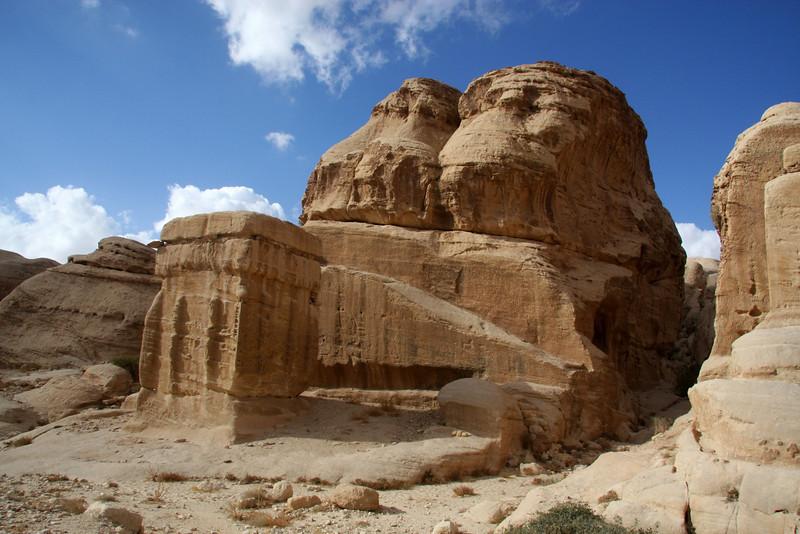 Walking the SIQ at Petra (Wadi Mousa) Jordan