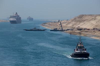 Queen Elizabeth passing through The Suez Canal