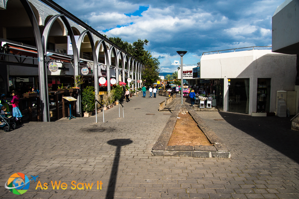 Shops lined the enterance way down to the Promenade along the Sea of Galilee