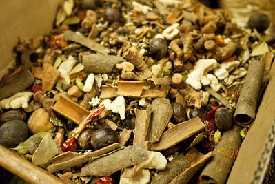 Bulk spices and tea blends in Amman, Jordan