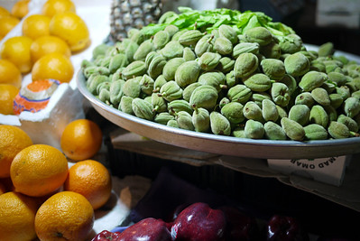 Local fruits and veggies for sale in bulk in Amman, Jordan