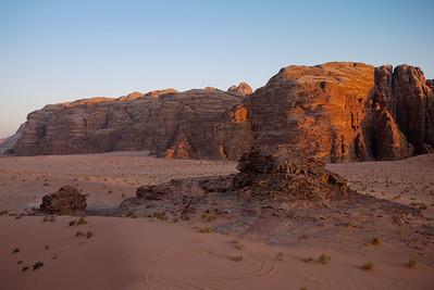 Sunset on the rocks in Wadi Rum, Jordan