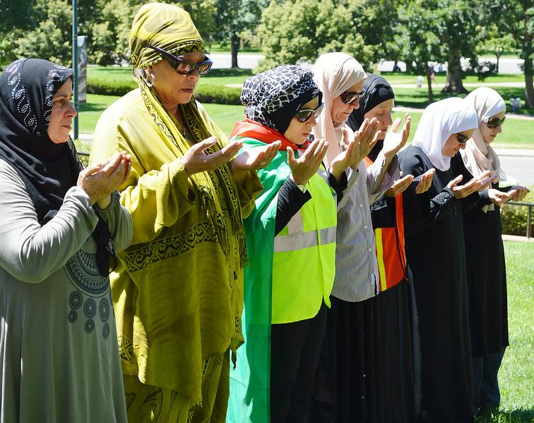 muslim-prayer-23