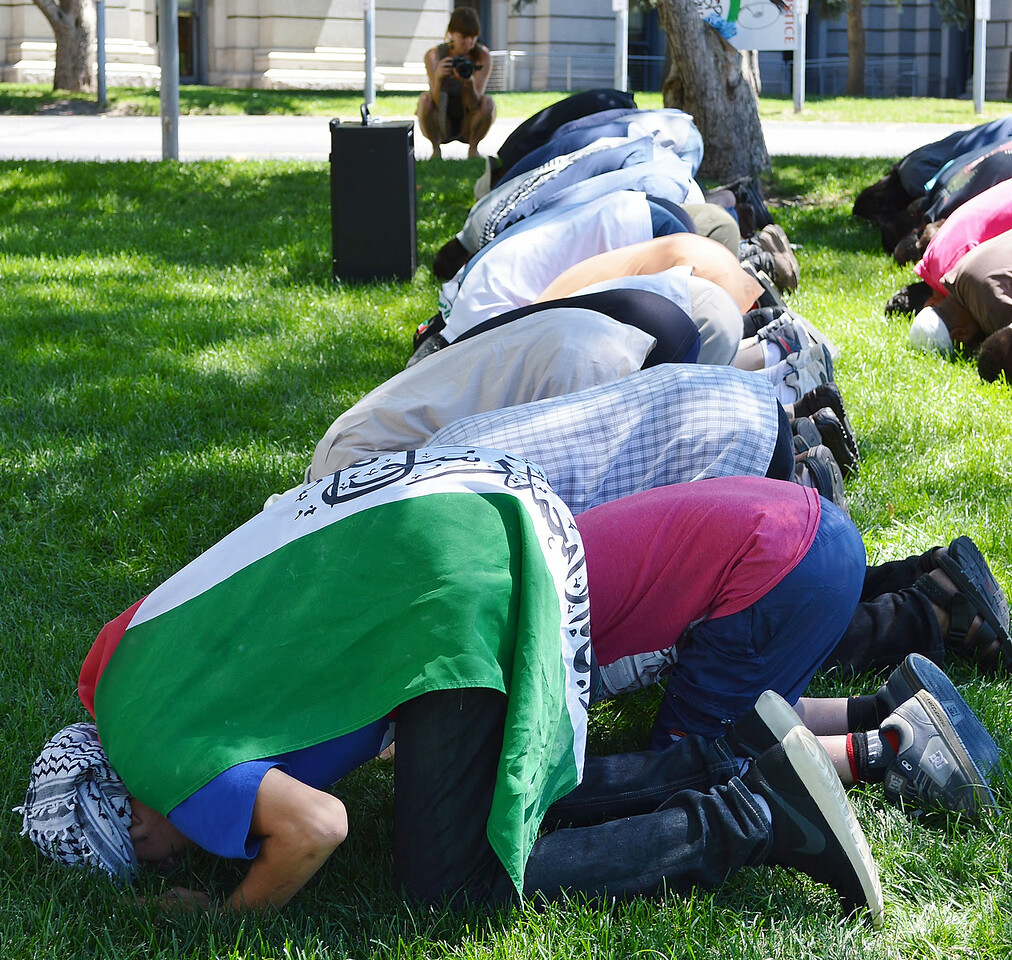 muslim-prayer-26